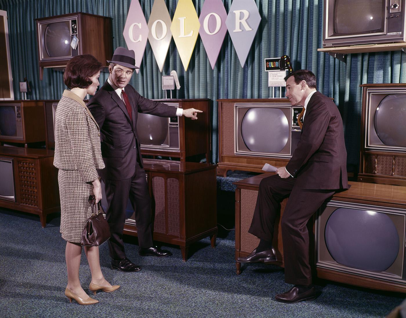 Fekete-fehér tévé után igazán nagy élmény volt színes adásokat nézni. Arról nem is beszélve, hogy a feltalálója a magyar származású Goldmark Péter Károly volt!
